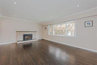 """Photo 2: 7159 116 Street in Delta: Sunshine Hills Woods House for sale in """"Sunshine Hills"""" (N. Delta)  : MLS®# R2306957"""