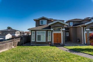Photo 15: 6240 NEVILLE Street in Burnaby: South Slope House 1/2 Duplex for sale (Burnaby South)  : MLS®# R2309152
