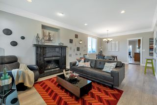 Photo 2: 6240 NEVILLE Street in Burnaby: South Slope House 1/2 Duplex for sale (Burnaby South)  : MLS®# R2309152