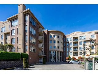 "Photo 1: 101 33731 MARSHALL Road in Abbotsford: Central Abbotsford Condo for sale in ""Stephanie Place"" : MLS®# R2318519"