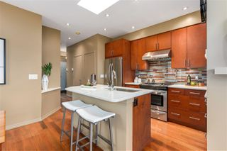 "Photo 3: 306 680 W 7TH Avenue in Vancouver: Fairview VW Condo for sale in ""LIBERTE"" (Vancouver West)  : MLS®# R2319233"