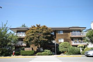"Photo 1: 104 11957 223 Street in Maple Ridge: West Central Condo for sale in ""Alouette Apartments"" : MLS®# R2323481"