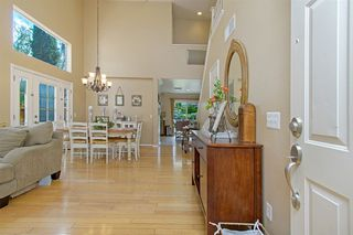Photo 2: OCEANSIDE House for sale : 4 bedrooms : 3349 RICEWOOD