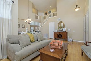 Photo 5: OCEANSIDE House for sale : 4 bedrooms : 3349 RICEWOOD