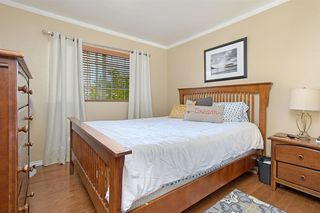 Photo 15: OCEANSIDE House for sale : 4 bedrooms : 3349 RICEWOOD