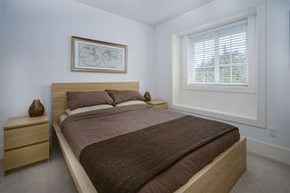 "Photo 16: 8 12161 237 Street in Maple Ridge: East Central Townhouse for sale in ""VILLAGE GREEN"" : MLS®# R2335955"
