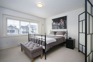 """Photo 13: 8 12161 237 Street in Maple Ridge: East Central Townhouse for sale in """"VILLAGE GREEN"""" : MLS®# R2335955"""