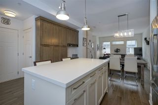 "Photo 10: 8 12161 237 Street in Maple Ridge: East Central Townhouse for sale in ""VILLAGE GREEN"" : MLS®# R2335955"