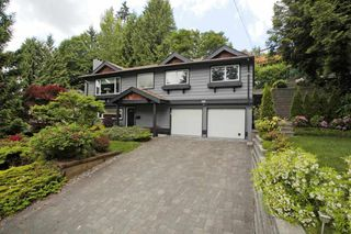 Photo 1: 2211 HOSKINS Road in North Vancouver: Westlynn Terrace House for sale : MLS®# R2369481