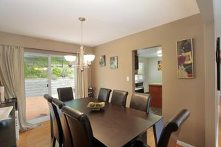 Photo 5: 2211 HOSKINS Road in North Vancouver: Westlynn Terrace House for sale : MLS®# R2369481