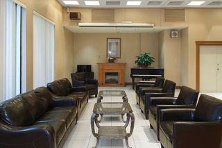 Photo 19: 4304 95 Thorncliffe Park Drive in Toronto: Thorncliffe Park Condo for lease (Toronto C11)  : MLS®# C4450564