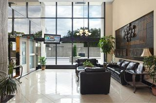 Photo 17: 4304 95 Thorncliffe Park Drive in Toronto: Thorncliffe Park Condo for lease (Toronto C11)  : MLS®# C4450564