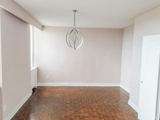 Photo 9: 4304 95 Thorncliffe Park Drive in Toronto: Thorncliffe Park Condo for lease (Toronto C11)  : MLS®# C4450564