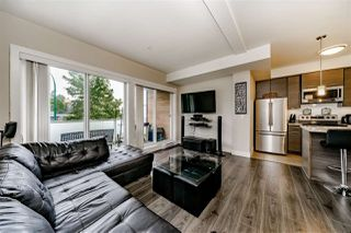 Photo 3: 212 7377 14TH Avenue in Burnaby: Edmonds BE Condo for sale (Burnaby East)  : MLS®# R2381771