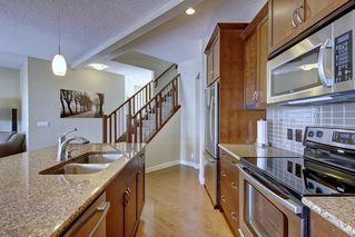 Photo 7: 442 RIVER HEIGHTS Drive: Cochrane Detached for sale : MLS®# C4256367