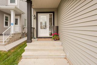 Photo 2: 16420 12 Avenue in Edmonton: Zone 56 House for sale : MLS®# E4164319