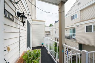 Photo 2: 196 10077 156 Street in Surrey: Guildford Townhouse for sale (North Surrey)  : MLS®# R2386558