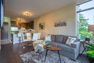 "Photo 1: 305 2345 MADISON Avenue in Burnaby: Brentwood Park Condo for sale in ""OMA"" (Burnaby North)  : MLS®# R2387123"