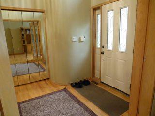 Photo 2: 15715 77 Street in Edmonton: Zone 28 House for sale : MLS®# E4152361