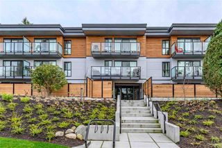 "Photo 1: 210 215 MOWAT Street in New Westminster: Uptown NW Condo for sale in ""CEDARHILL MANOR"" : MLS®# R2435392"