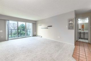 "Photo 10: 210 215 MOWAT Street in New Westminster: Uptown NW Condo for sale in ""CEDARHILL MANOR"" : MLS®# R2435392"