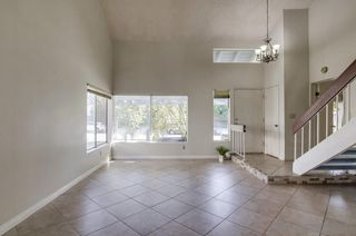Photo 3: RANCHO SAN DIEGO House for sale : 4 bedrooms : 3806 Avenida Johanna in La Mesa