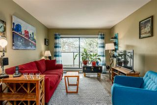 "Main Photo: 304 2150 BRUNSWICK Street in Vancouver: Mount Pleasant VE Condo for sale in ""MOUNT PLEASANT PLACE"" (Vancouver East)  : MLS®# R2436665"
