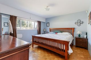 Photo 10: 3443 RALEIGH Street in Port Coquitlam: Woodland Acres PQ House for sale : MLS®# R2443261