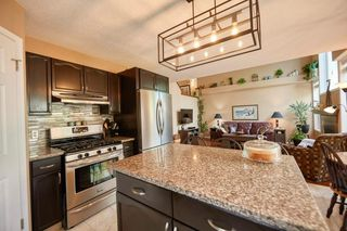 Photo 8: 39 Sierra Nevada Way SW in Calgary: Signal Hill Detached for sale : MLS®# C4302227