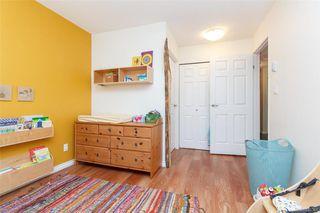 Photo 12: 110 2529 Wark St in : Vi Hillside Condo Apartment for sale (Victoria)  : MLS®# 845367