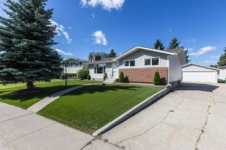 Photo 2: 5204 46 Street: Beaumont House for sale : MLS®# E4212327