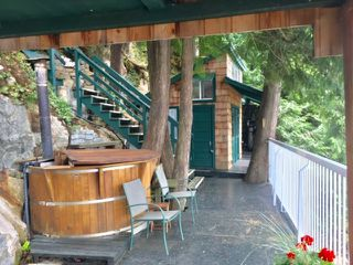"""Photo 9: 32 JOHNSON Bay in North Vancouver: Indian Arm House for sale in """"Johnson Bay"""" : MLS®# R2497994"""