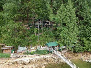 """Photo 13: 32 JOHNSON Bay in North Vancouver: Indian Arm House for sale in """"Johnson Bay"""" : MLS®# R2497994"""