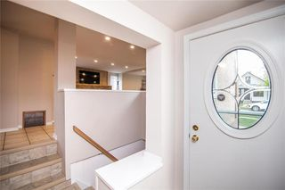 Photo 2: 342 Sydney Avenue in Winnipeg: East Kildonan Residential for sale (3D)  : MLS®# 202023590