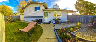 Photo 2: 7315 181 Street in Edmonton: Zone 20 House for sale : MLS®# E4217669