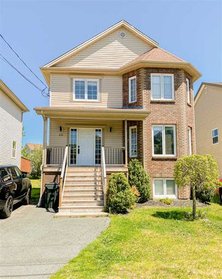 Main Photo: 15 Loppie Close in Beechville: 40-Timberlea, Prospect, St. Margaret`S Bay Residential for sale (Halifax-Dartmouth)  : MLS®# 202021920
