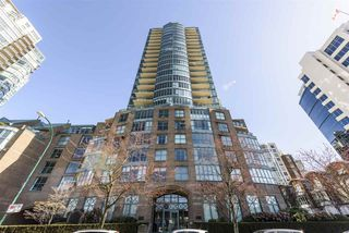 """Photo 1: 805 1188 QUEBEC Street in Vancouver: Downtown VE Condo for sale in """"Citygate One by Bosa"""" (Vancouver East)  : MLS®# R2511377"""