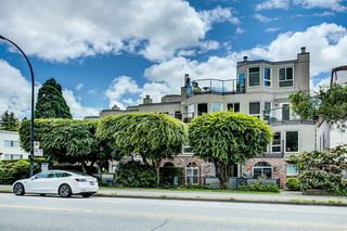 "Photo 9: 208 2110 CORNWALL Avenue in Vancouver: Kitsilano Condo for sale in ""Seagate Villa"" (Vancouver West)  : MLS®# R2515614"