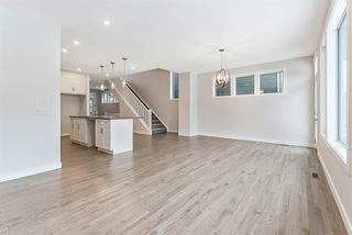 Photo 10: 294 Crestmont Drive SW in Calgary: Crestmont Detached for sale : MLS®# A1055191