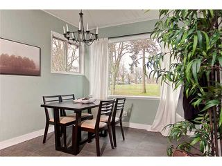 """Photo 3: 3338 INVERNESS Street in Vancouver: Knight House for sale in """"CEDAR COTTAGE"""" (Vancouver East)  : MLS®# V869690"""