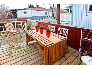 """Photo 9: 3338 INVERNESS Street in Vancouver: Knight House for sale in """"CEDAR COTTAGE"""" (Vancouver East)  : MLS®# V869690"""