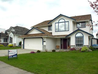 "Photo 2: 35453 LETHBRIDGE Drive in Abbotsford: Abbotsford East House for sale in ""Sandy Hill"" : MLS®# F1110467"