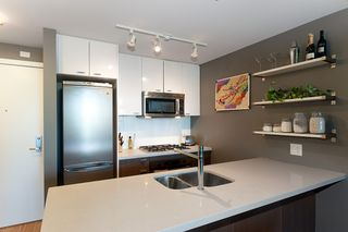 "Photo 15: 502 531 BEATTY Street in Vancouver: Downtown VW Condo for sale in ""531 BEATTY"" (Vancouver West)  : MLS®# V890275"