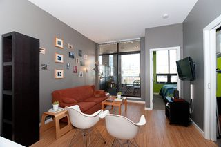 "Photo 6: 502 531 BEATTY Street in Vancouver: Downtown VW Condo for sale in ""531 BEATTY"" (Vancouver West)  : MLS®# V890275"