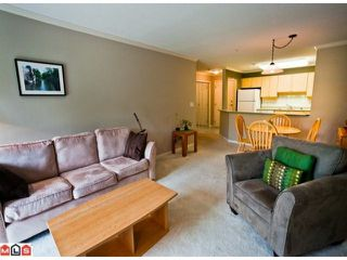 "Photo 4: 314 15150 29A Avenue in Surrey: King George Corridor Condo for sale in ""SANDS"" (South Surrey White Rock)  : MLS®# F1123171"