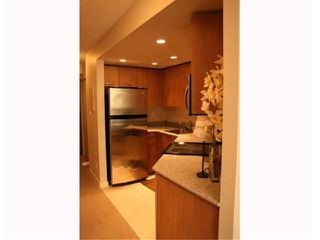 "Photo 4: 903 1212 HOWE Street in Vancouver: Downtown VW Condo for sale in ""1212 HOWE"" (Vancouver West)  : MLS®# V917964"
