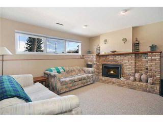 Photo 11: 712 Hunterplain Hill NW in Calgary: Huntington Hills Residential Detached Single Family for sale : MLS®# C3467636