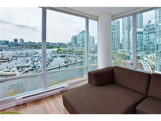 Photo 1: 803 1067 MARINASIDE Crest in Vancouver: Yaletown Condo for sale (Vancouver West)  : MLS®# V948087