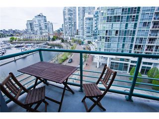 Photo 4: 803 1067 MARINASIDE Crest in Vancouver: Yaletown Condo for sale (Vancouver West)  : MLS®# V948087