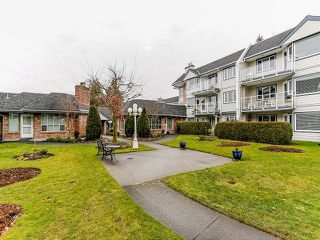"Photo 20: 212 13959 16TH Avenue in Surrey: Sunnyside Park Surrey Condo for sale in ""WHITE ROCK BAPTIST VILLAGE"" (South Surrey White Rock)  : MLS®# F1403422"